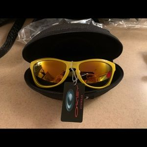 yellow Oakley sunglasses brand new!